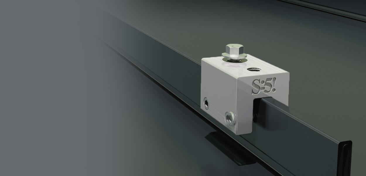 s-5_slide